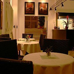 Excel_Roma_Montemario-Rome-Hotel_bar-1-430045.jpg