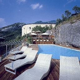 Garda_Hotel_Forte_Charme-Nago_Torbole-Hotel_outdoor_area-1-430969.jpg