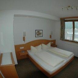 Jennewein-Mayrhofen-Info-15-433407.jpg