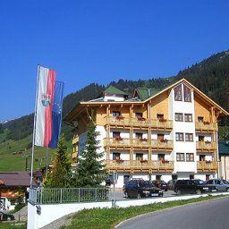 Nassereinerhof-Sankt_Anton_am_Arlberg-Aussenansicht-1-434121.jpg