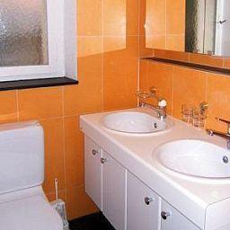 Uni_80_Swiss_Star_Apartments-Zurich-Bathroom-1-434291.jpg