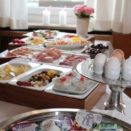 Bufet de desayuno Forelle