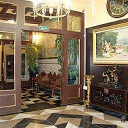 Vestíbulo del hotel Paris Centro
