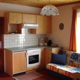 Ferienwohnungen-Fruehstueckspension_Peter_Loecker_Pension-Mariapfarr-Apartment-1-434954.jpg