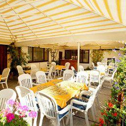 Cafe_Pension_Zeitlos-Herzogenburg-Terrace-1-435556.jpg