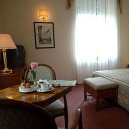 Bellavista-Levico_Terme-Room-437223.jpg