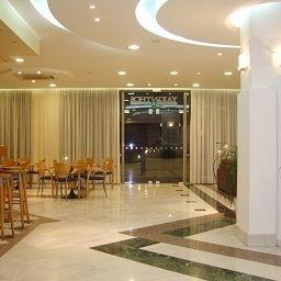 Hall de l'hôtel Yakinthos