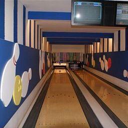 Informacja Sportház Sqash & Bowling