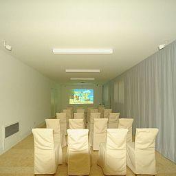Sala de reuniones C-Rooms