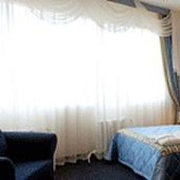 Guru-Jekaterinburg-Einzelzimmer_Komfort-4-442052.jpg