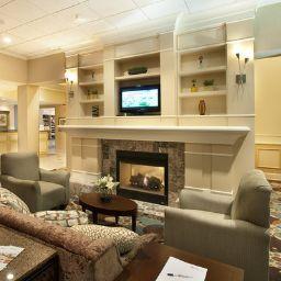 Vestíbulo del hotel Hilton Garden Inn Ridgefield Park
