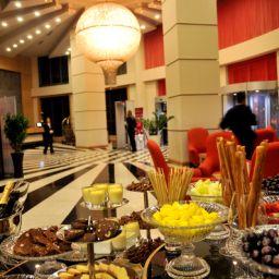 Vestíbulo del hotel Golden Tulip Nicosia Hotel and Casino