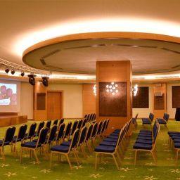 Sala de banquetes Golden Tulip Nicosia Hotel and Casino