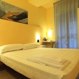 MiHotel-Milan-Room-2-446532.jpg