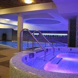 Basen Crocus Gere Bor Hotel-Wine Spa****