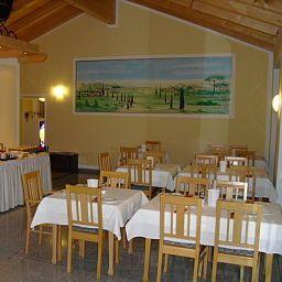 Scharmerhof_Apartmenthotel-Hohenbrunn-Breakfast_room-446810.jpg