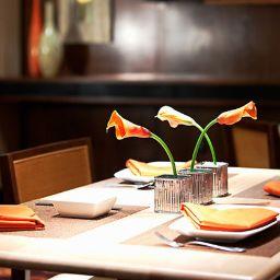 Restaurant Renaissance Palm Springs Hotel