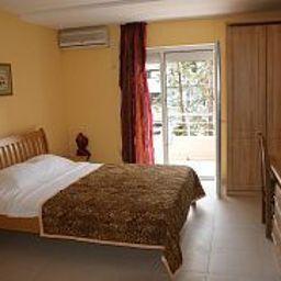 Zodiac-Budva-Apartment-4-447289.jpg