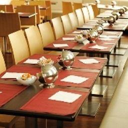 Residhome_Asnieres_Apparthotel-Asnieres-sur-Seine-Breakfast_room-3-448164.jpg