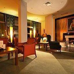 Rivijera-Petrovac-Hotel_bar-448855.jpg
