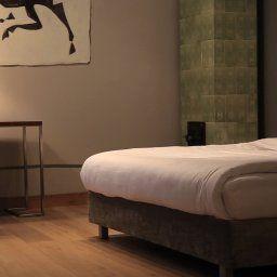 Bracka_6_Apartments-Krakow-Apartment-4-449400.jpg