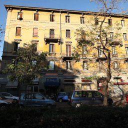 Arco_hotel_Milan-Milan-Exterior_view-449852.jpg
