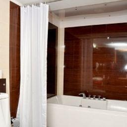 Confident_Propus-Bengaluru-Bathroom-2-450335.jpg