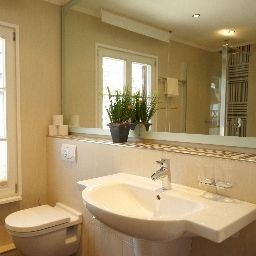 Chateau_de_Pourtales-Strasbourg-Bathroom-3-452374.jpg