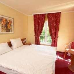Chateau_de_Pourtales-Strasbourg-Room-5-452374.jpg