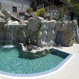 Piscina Villa al Mare