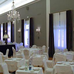 Balneario_Vichy_Catalan-Caldas_de_Malavella-Restaurant-453505.jpg