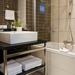 Hipark_Residence_de_Tourisme-Grenoble-Bathroom-1-453772.jpg