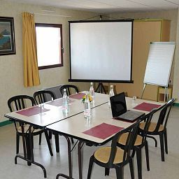 Le_Saint_Vincent-Vourles-Conference_room-1-455071.jpg
