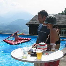Schoene_Aussicht_LandPanoramagasthof-Viktorsberg-Pool-455212.jpg