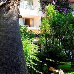 Domaine_du_Mas_Blanc_Residence_de_Tourisme-Alenya-Exterior_view-4-455349.jpg