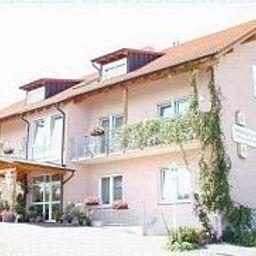 Kleine_Kalmit_Gaestehaus-Landau_in_der_Pfalz-Aussenansicht-5-455562.jpg