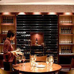 Shanghai_Marriott_Hotel_Changfeng_Park-Shanghai-Restaurant-16-455665.jpg