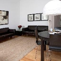 Lisbon_Apartments_Cais_do_Sodre-Lisbon-Apartment-16-455677.jpg