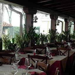 Green_Garden_Resort-Mestre-Restaurant-2-456056.jpg