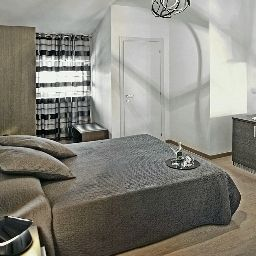 Camera Suite Inn