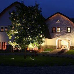 HOT_elarnia_HOTELSPA-Puszczykowo-Exterior_view-2-456546.jpg
