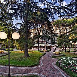 Eliseo-Montegrotto_Terme-Garden-2-456672.jpg