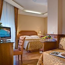 Eliseo-Montegrotto_Terme-Double_room_superior-1-456672.jpg