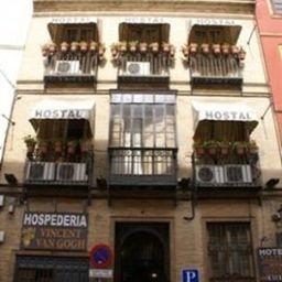 Vincent_Van_Gogh_Hostal-Seville-Exterior_view-3-457888.jpg