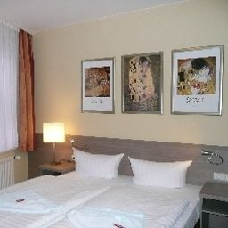 Zur_guten_Quelle_Gasthof-Schwerin-Room-2-459125.jpg