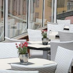 Suede-Nice-Breakfast_room-4-459145.jpg