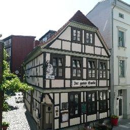 Zur_guten_Quelle_Gasthof-Schwerin-Exterior_view-1-459125.jpg