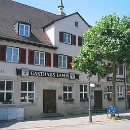 Lamm-Waldenbuch-Exterior_view-459528.jpg