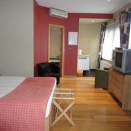 Wellness_Apart_Hotel-Schaarbeek-Standard_room-2-459855.jpg