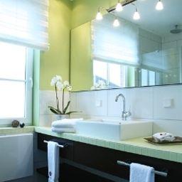 Seenelke_Apart-Hotel-Wilhelmshaven-Bathroom-5-460064.jpg